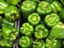 Poivre vert de facture et poivrons de piment verts Image libre de droits