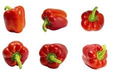 poivres paprika Paprika D'isolement sur le blanc Poivron doux Avec le chemin de coupure Sur toute l'épaisseur du champ photo stock