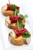 Poivrons bourrés de piquillo, pinchos espagnols Image stock