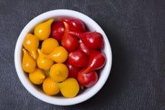 Poivrons de piment jaune et rouge Photo stock