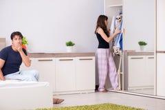 Pojęcie kościec w szafie lub spiżarni zdjęcie royalty free