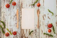 Pojęcia żywienioniowy i jarzynowy jedzenie Talerz z marmurowymi wzorami obrazy royalty free