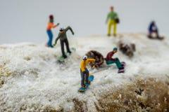 Pojęcia jazda na snowboardzie na białej górze Obrazy Stock