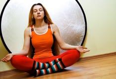 pojęcia lotosowej pozyci relaksujący kobiety joga Fotografia Stock