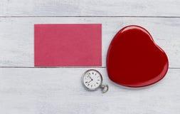 pojęcia serce nad czerwieni różanym valentine biel Zdjęcia Royalty Free