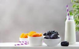 Pojęcia zdrowy jedzenie, wegetarianizm, dieta zdjęcia stock