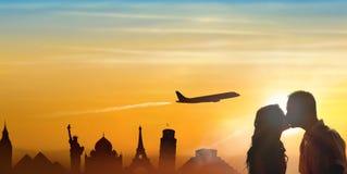 Pojęcie świat podróżuje miesiąc miodowego zdjęcie royalty free