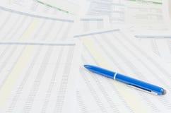 Pojęcie biznesowa pieniężna raportowa księgowości analiza obrazy royalty free