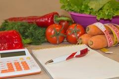 Pojęcie ciężar strata Zdrowa styl życia dieta z świeżymi warzywami Obrazy Stock