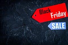 Pojęcie czarny Piątek na ciemnego tła odgórnym widoku Zdjęcie Stock