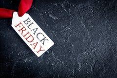 Pojęcie czarny Piątek na ciemnego tła odgórnym widoku Zdjęcia Stock