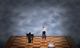 Pojęcie Dobry Batalistyczny zło, Seksowny mężczyzna Save kobieta abstrakt Zdjęcie Stock
