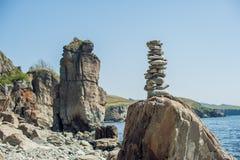 Pojęcie harmonia i równowaga Rockowy Zen fotografia royalty free