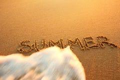 Pojęcie końcówka lato Pojęcia lato, odtwarzanie, tr Obraz Royalty Free
