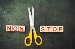 Pojęcie motywacja wpisowi ` non przerwy nożyce między one i ` bramkowy osiągnięcie, potencjalny pokonywanie zdjęcia royalty free