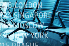 Pojęcie - puste siedzenia w lotnisku obrazy royalty free