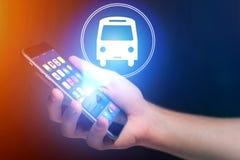 Pojęcie rezerwować autobusowego bilet online - Podróżuje pojęcie Obrazy Royalty Free