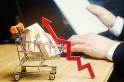 Pojęcie rynku nieruchomości przyrost Wzrost w lokalowych cenach Wzrastające ceny dla użyteczność Narosły interes wewnątrz fotografia stock