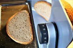 Pojęcie wizerunek chlebowy slicer, krajacz z chlebem obrazy royalty free