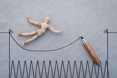 Pojęcie wyzwanie z drewnianym postaci odprowadzeniem z arkaną jpg zdjęcie stock
