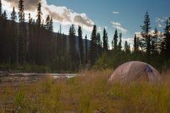 pojęcia campingowy pustkowie Zdjęcie Stock