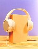 Pojęcie audiobook Zdjęcia Royalty Free