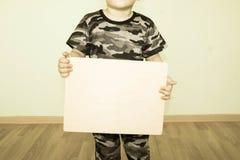 Pojęcie biznes Dziecko trzyma Zdjęcie Stock