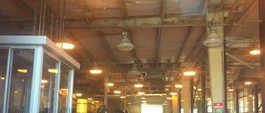 Pojazd mechaniczny inspekci centrum od auto wnętrza, Obraz Stock
