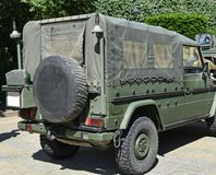 Pojazd wojskowy na ulicie Zdjęcia Stock