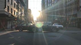 Pojazdu jeżdżenia miasta skrzyżowanie Vancouver Kanada Listopad 2018 BC zdjęcie wideo