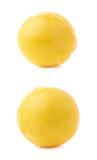 Pojedyncza żółta mirabelki śliwka odizolowywająca Zdjęcia Royalty Free