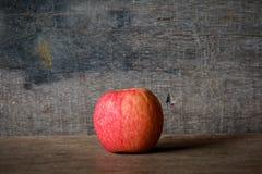 pojedynczy dojrzali jabłka Zdjęcia Stock