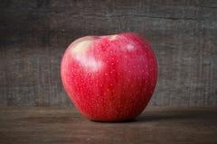 pojedynczy dojrzali jabłka Zdjęcia Royalty Free