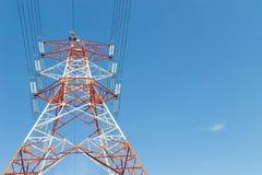 Pojedynczy elektryczności linii energetycznej pilon Obrazy Stock