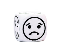 Pojedynczy emoticon kostka do gry z smutnym wyrażeniowym nakreśleniem Obrazy Stock