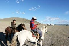 pojkar mongolia Royaltyfri Bild