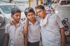 pojkar tre Arkivbilder