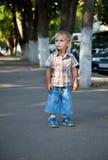 pojke avtalad förlorad gata fotografering för bildbyråer