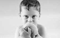 pojke bekymmert se ungt Fotografering för Bildbyråer