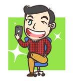 Pojke- eller manselfie genom att använda iphone 7 plus Arkivbild
