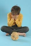 Pojke i meditation Fotografering för Bildbyråer