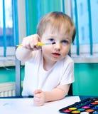pojke little målningsvattenfärger Royaltyfri Foto