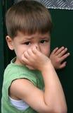 pojke little rubbning Arkivbild