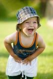 pojke little som är lycklig Arkivfoto