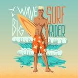 Pojke med surfingbrädan Royaltyfri Bild