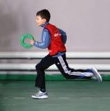 Pojke på friidrottkonkurrensen för IAAF Kidâs Fotografering för Bildbyråer