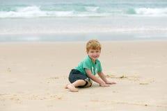 Pojke på havet Royaltyfri Fotografi