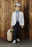 Pojke som är klar för semester Royaltyfri Foto