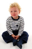 pojkegråt little Arkivfoton