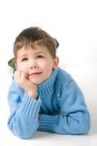pojken drömm eftertänksamt Arkivfoto